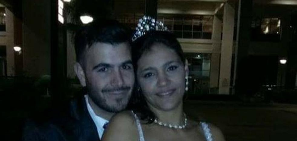 Muere a manos de su mujer después de que la policía le llamara %u201Cmaricón%u201D por denunciarla
