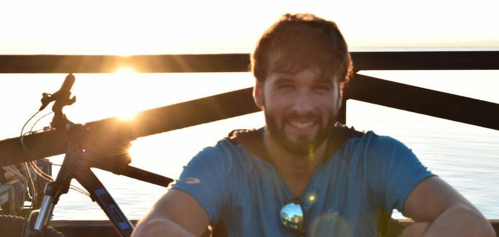 Daniel regresará a España este viernes en un avión fletado por su familia