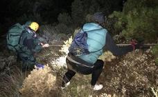 Rescatan a un padre y su hijo en el Cerro de los Machos de Sierra Nevada