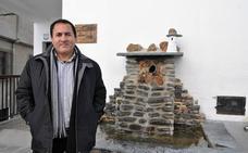 Caratáunas pide ayuda a la Junta para captar más agua para abastecer al centenar de viviendas paralizadas durante una década