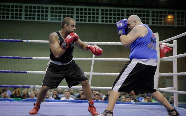 'Kiki', campeón de Andalucía de boxeo de pesos superpesados
