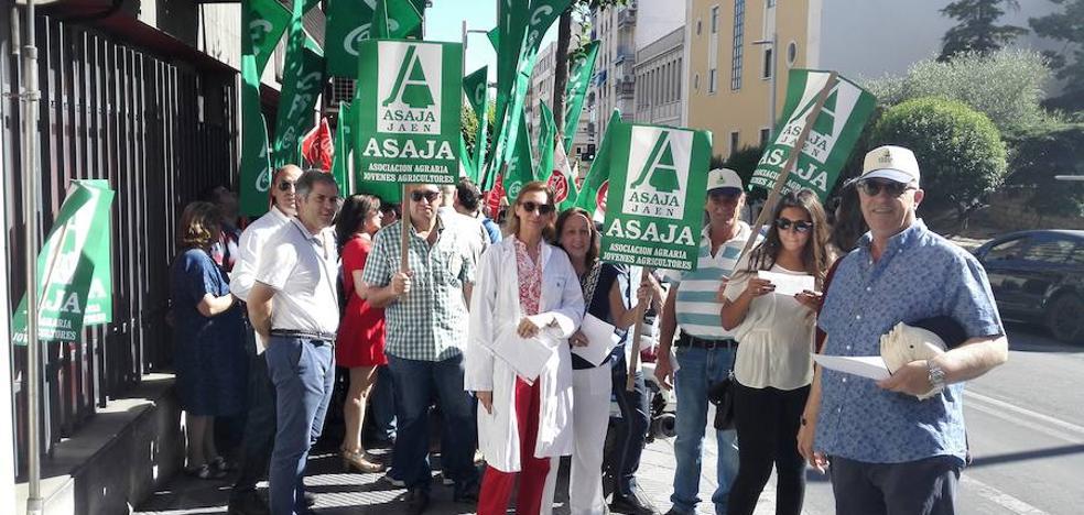 Asaja satisfecha con la paralización del cierre del laboratorio de sanidad animal