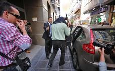 El fiscal reclama hasta 18 años de cárcel por la presunta trama corrupta del Catastro