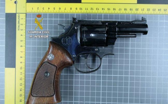 Detenidos dos hombres por disparos contra una casa en Antonio Díaz