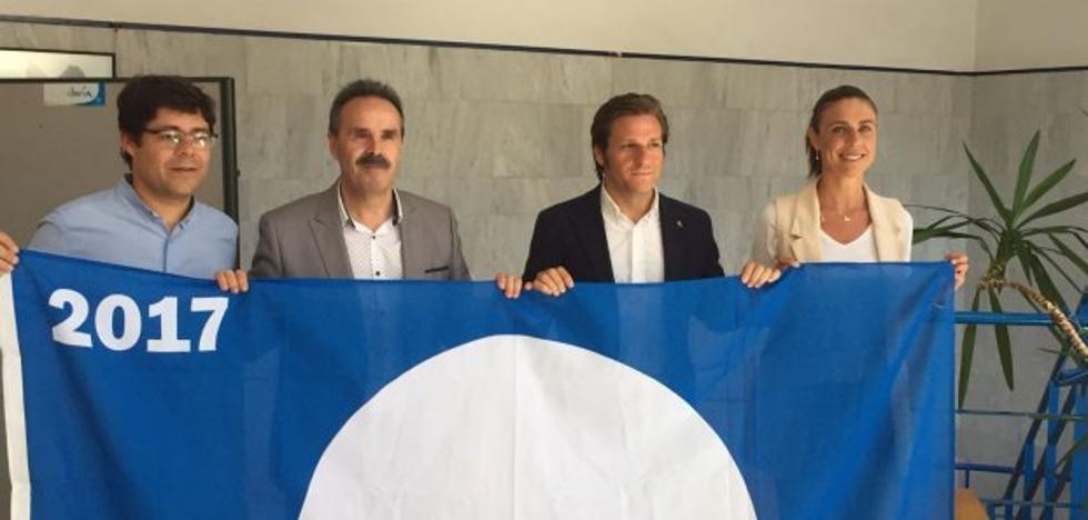 Almería es la segunda provincia de Andalucía con más banderas azules