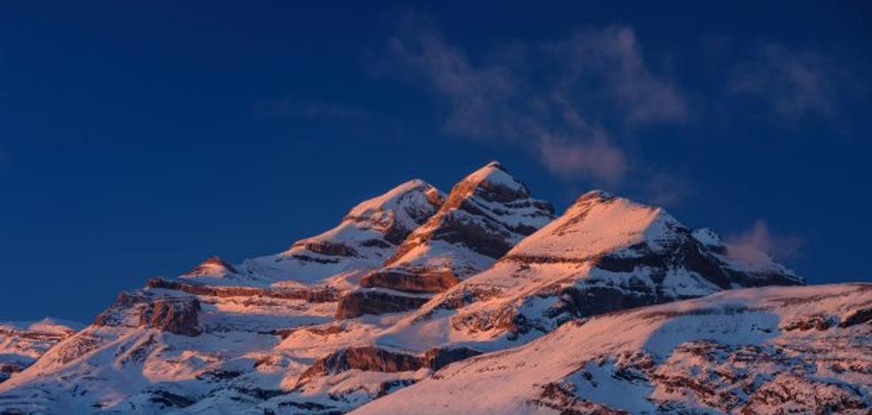 Los Pirineos cambian de nombres