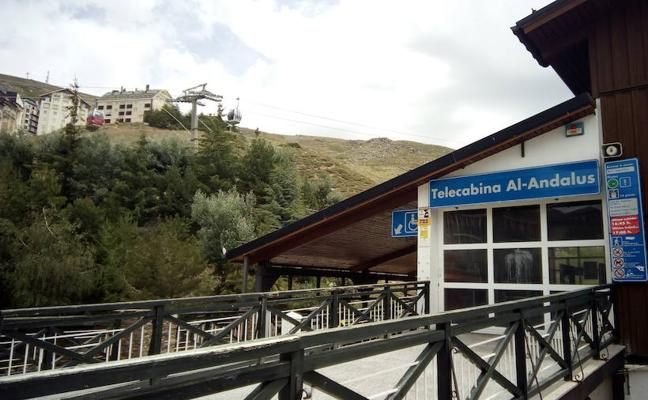 El vendaval obliga a cerrar Sierra Nevada