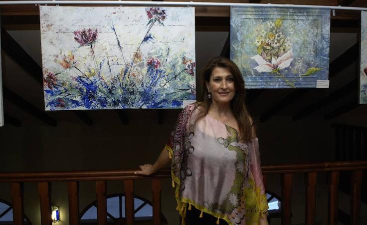 Cinco pintoras pertenecientes a la Asociación Arte Sur de Almuñécar exponen sus últimos trabajos en Lanjarón
