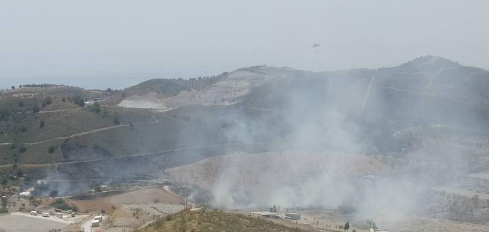 Controlado el fuego en Vélez de Benaudalla