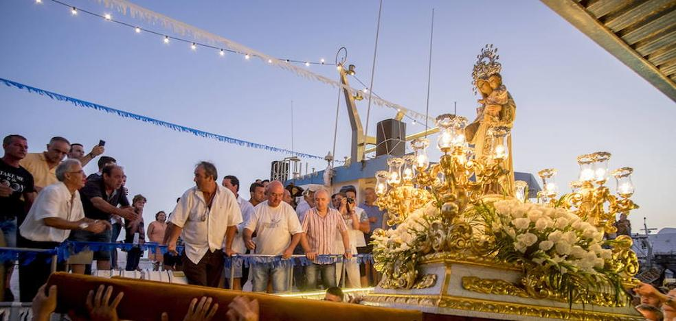 La Virgen del Carmen llena de fiesta la provincia