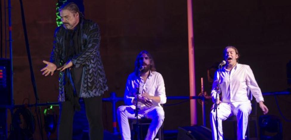 El carisma de Canales abre sin los alardes de antaño el Festival de Flamenco y Danza