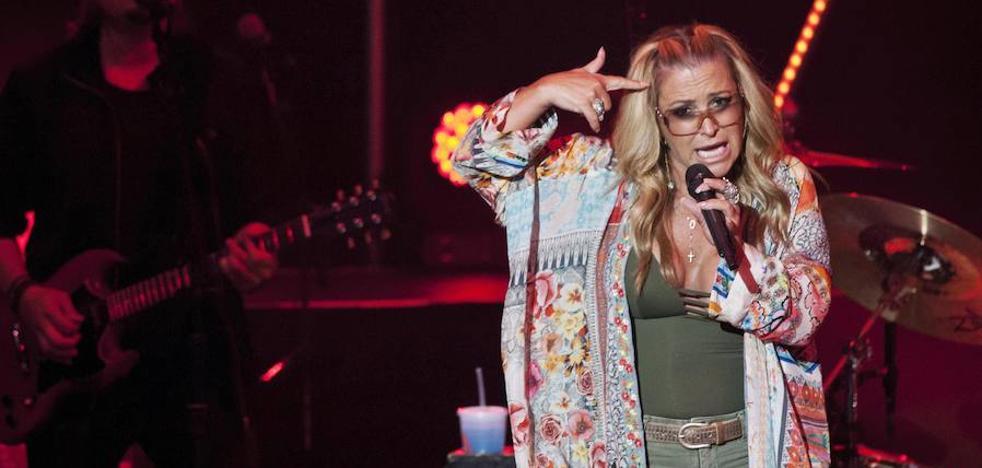 Anastacia: «No uso nunca 'auto-tune'»
