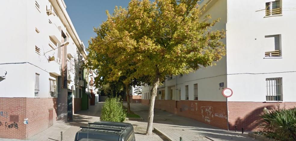 Detenido un hombre por el tiroteo entre familias con una mujer herida en Linares