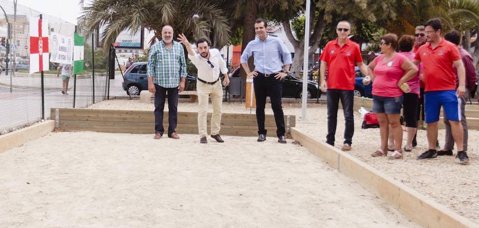 Abren pistas de petanca en el barrio de Cortijo Grande