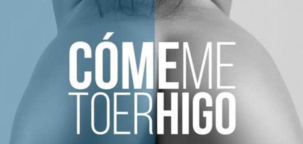 La campaña 'Cómeme to er higo', retirada por sexista, vuelve a las playas en forma de publicidad aérea