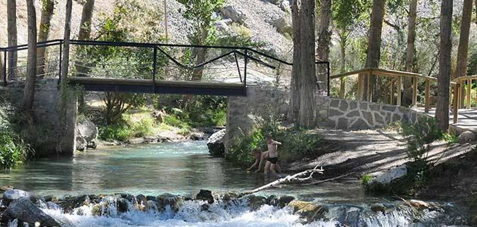 5 parajes de agua dulce para refrescarte este verano en Granada