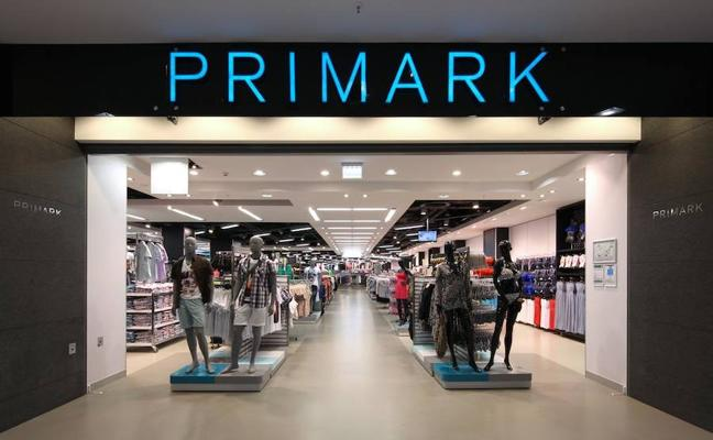 Primark retira del mercado miles de chanclas que contienen un producto cancerígeno