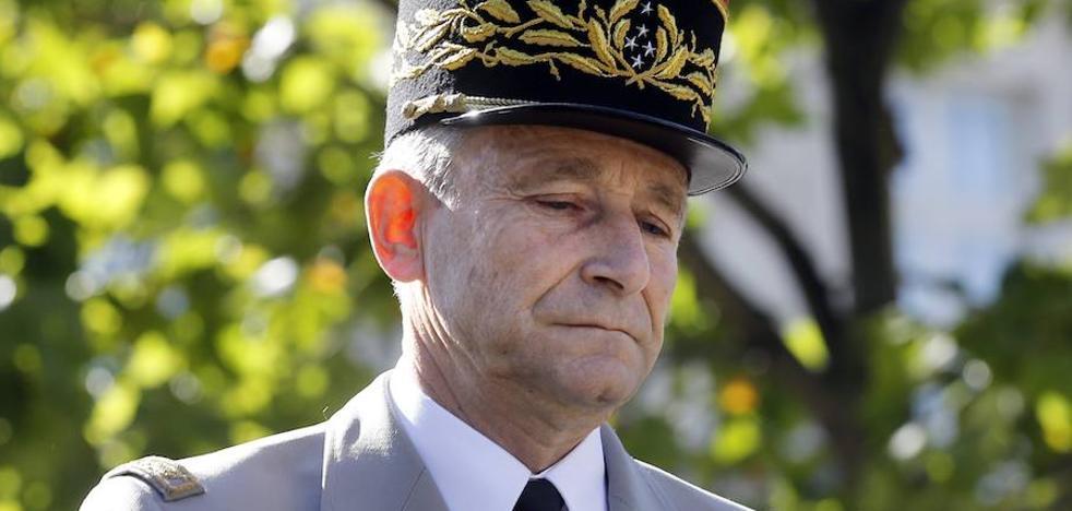 Dimite el jefe del Estado Mayor francés, en desacuerdo con Macron