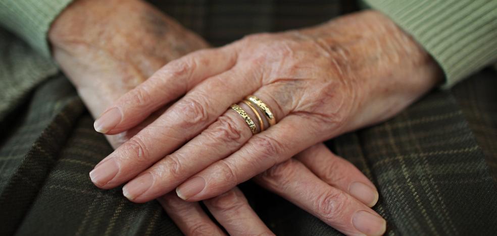 La conmovedora carta de una anciana granadina que emociona a toda España