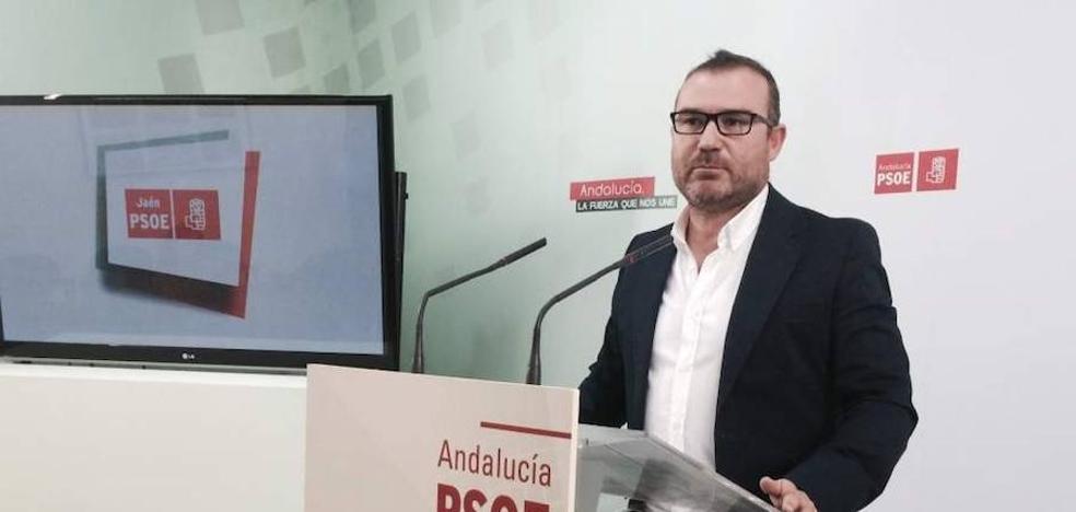 """El PSOE tacha de """"brindis al sol"""" el plan de prejubilaciones anunciado por el gobierno local"""