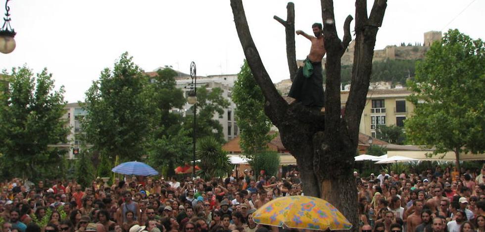 Dos décadas de Etnosur convierten a Alcalá la Real en capital de la fusión cultural