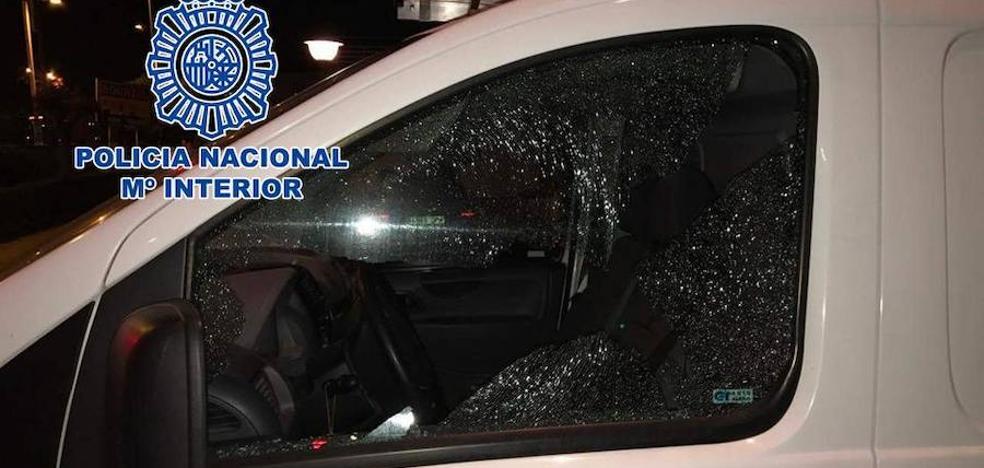 'Cazan' con su martillo rompe-lunas al ladrón de 18 coches en Granada