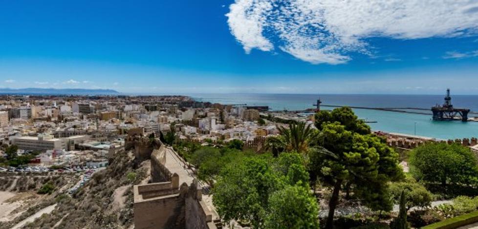 El decreto de la Junta saca de la ilegalidad más de 1.600 viviendas turísticas en la provincia