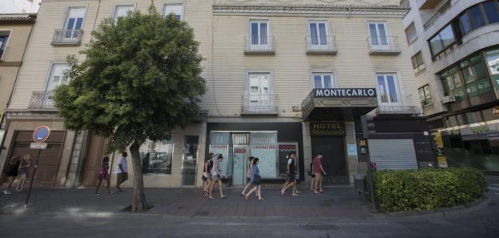 Luz verde a la demolición del Hotel Montercarlo, el edificio donde residió Lorca