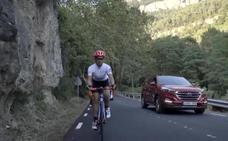 Un coche de acompañamiento protegerá a los ciclistas en carretera