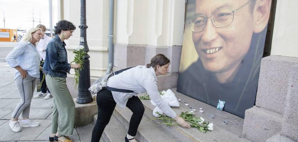 Seis detenidos en China por rendir tributo a Liu Xiaobo