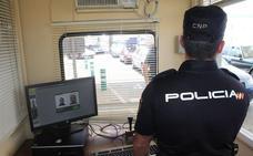 'Cazan' a un fugitivo reclamado en Bélgica cuando trataba de entrar en Almería