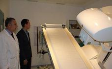 El centro de alta resolución de El Toyo realiza más de 104.000 actos médicos en el primer semestre del año