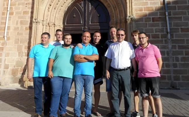 Un nuevo grupo parroquial para engrandecer la Semana Santa