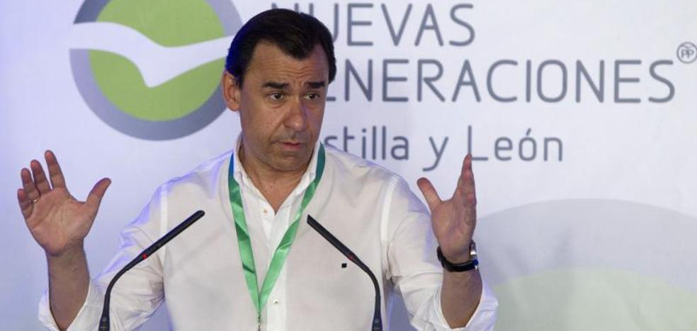 Maillo ve en el PSOE un «Podemos rojo» que dice «sí, bwana» a Pablo Iglesias