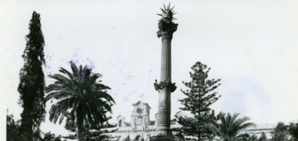 La Plaza de la Constitución, zoco principal de la ciudad