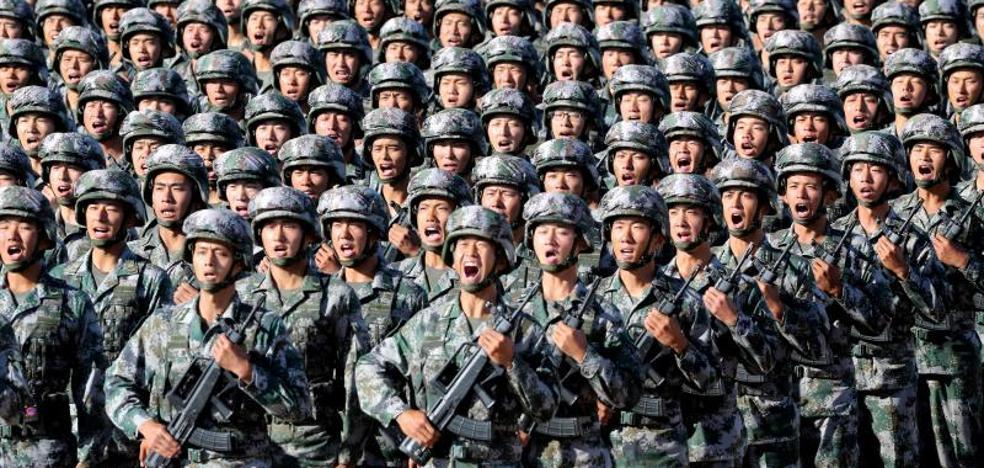 Demostración de fuerza en el desfile del 90 aniversario del Ejército chino
