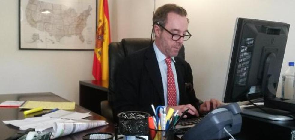 Exteriores fulmina al cónsul de España en Washington por mofarse de Susana Díaz
