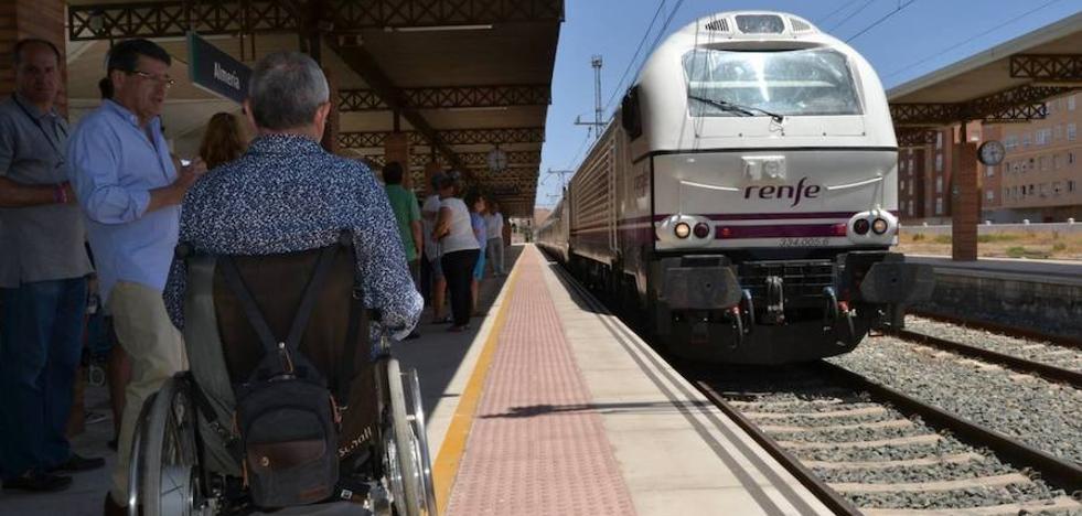 Renfe culmina la accesibilidad universal a los trenes de Almería