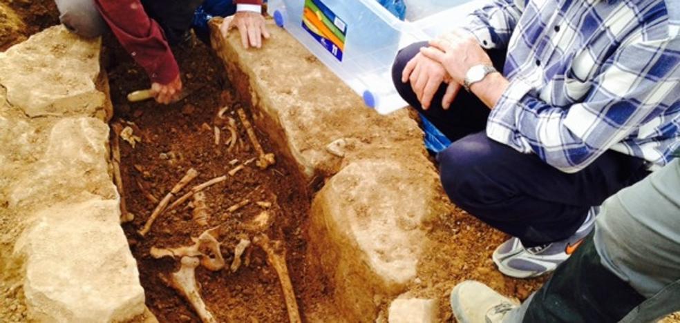 Descubren una necrópolis del siglo X en Zaragoza