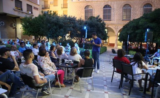 Hosteleros hablan de inspecciones «abusivas» del Ayuntamiento a los locales del centro