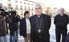 La Fiscalía archiva la denuncia contra el arzobispo de Granada por una homilía