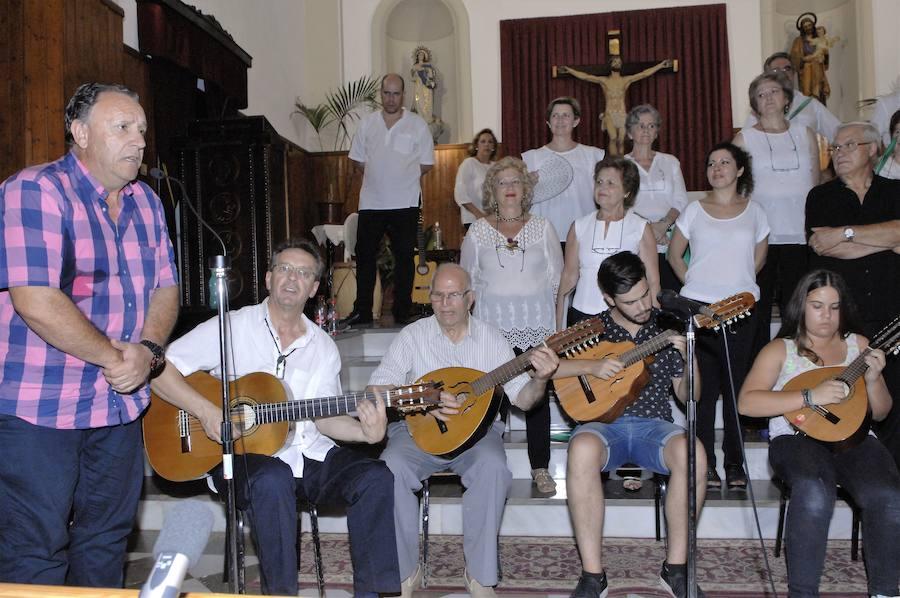 Zapata homenajea a un músico que desde hace 72 años resucita el floclore alpujarreño