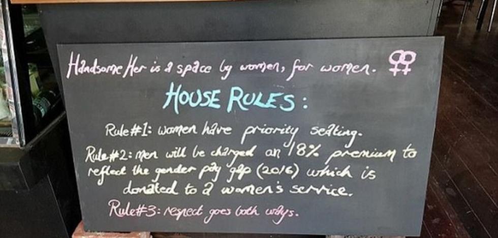 Polémica por la cafetería que cobra a los hombres un 18% más que a las mujeres