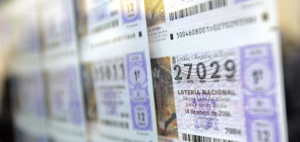Denuncia a una lotera de Málaga por no guardarle un décimo premiado al que estaba suscrito