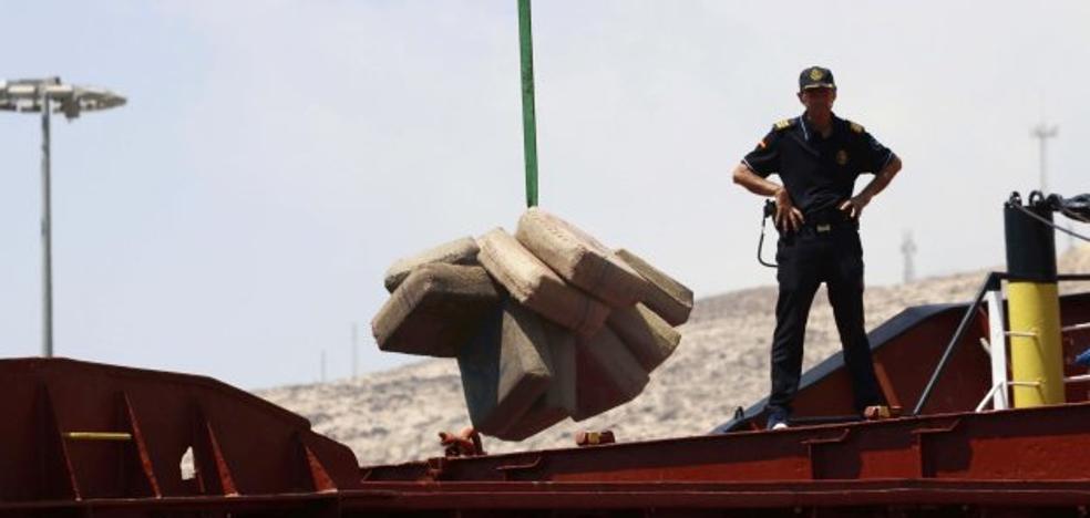 Reforzada la lucha contra el narcotráfico en las costas andaluzas