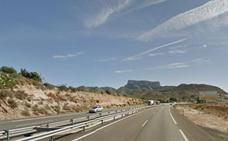 Muere un chico de 19 años al salirse de la carretera en Alicante