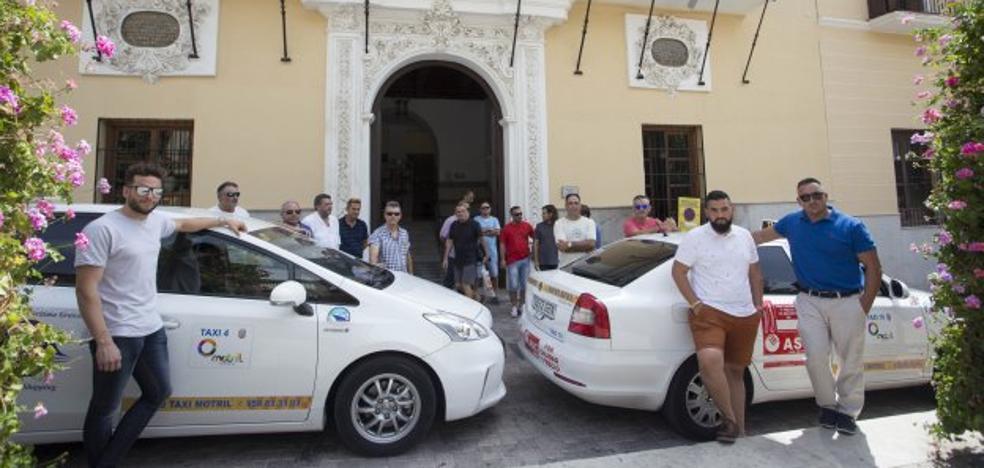 Los taxistas de Motril exigirán con paros unas mejores condiciones para trabajar