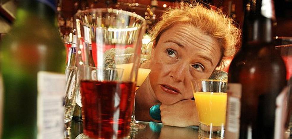 Mezclar alcohol no sube la resaca y otros 4 mitos que siempre te has creído