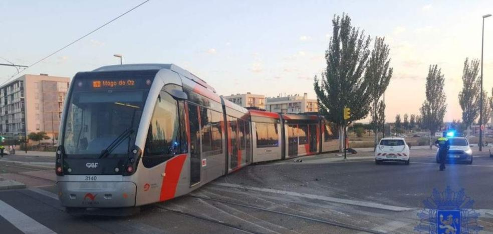 Un hombre de 85 años muere atropellado por el tranvía en el centro de Zaragoza