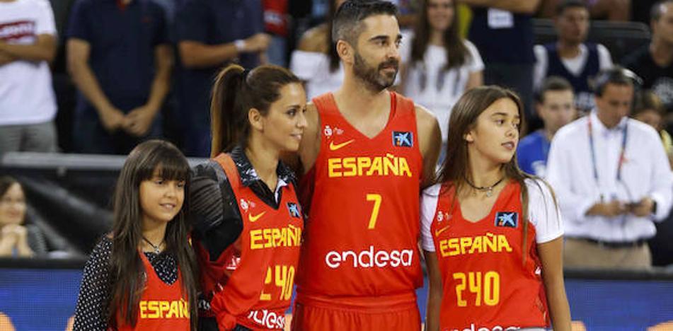 Navarro, «impresionado» por el homenaje por sus 240 partidos